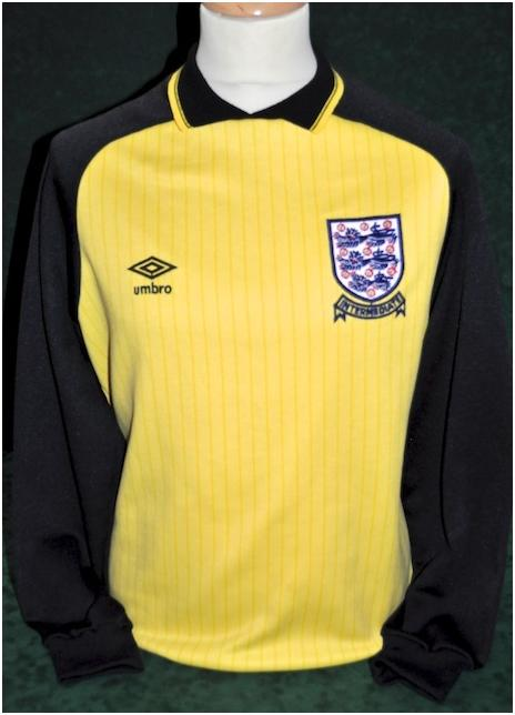 c6c4afa335d England s Goalkeeper Uniforms